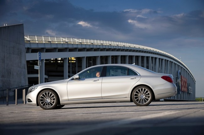 Mercedes S550 2014 Images
