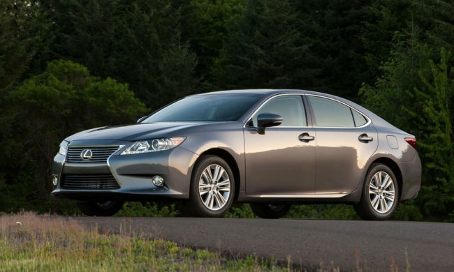 2014 Lexus ES 300H Manual