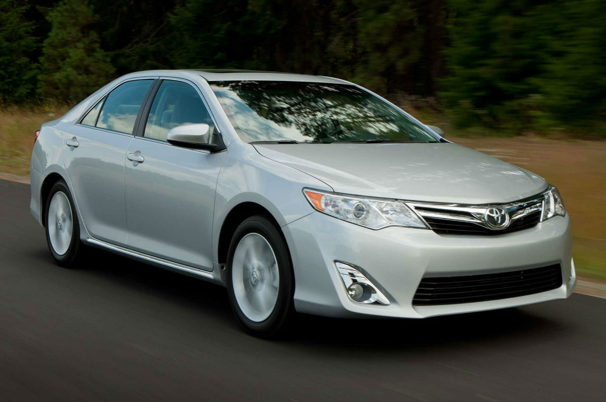 2014 toyota camry se sport silver topcarz us. Black Bedroom Furniture Sets. Home Design Ideas