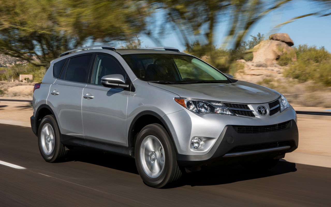 2014 toyota rav4 xle topcarz us for Motor trend phone number