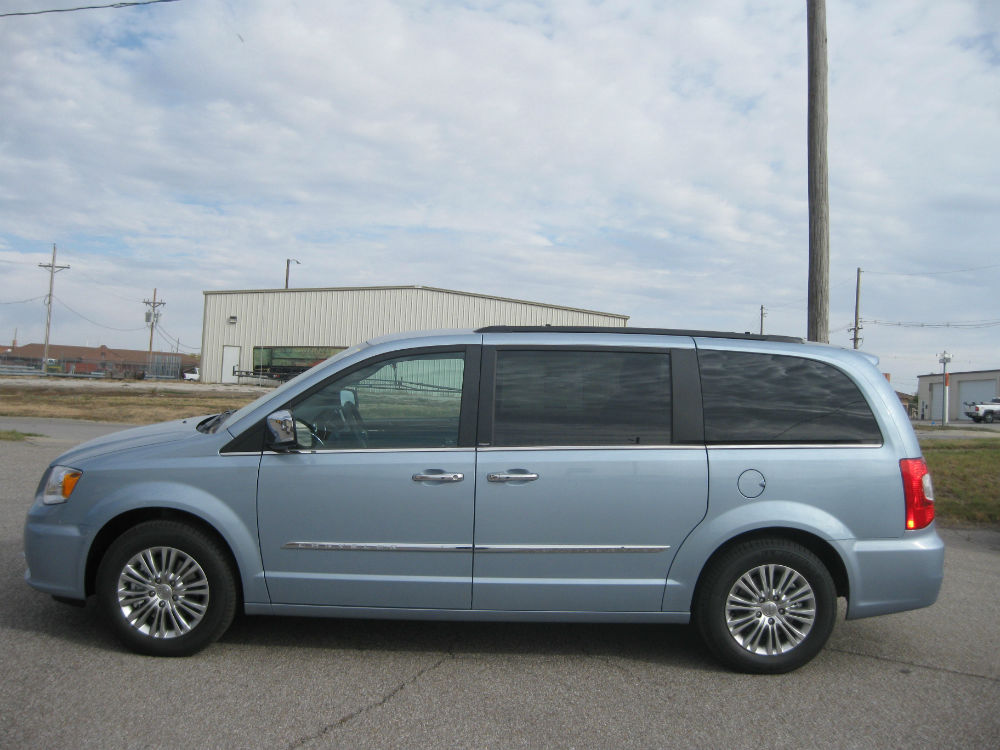 2013 chrysler town and country touring l topcarz us. Black Bedroom Furniture Sets. Home Design Ideas
