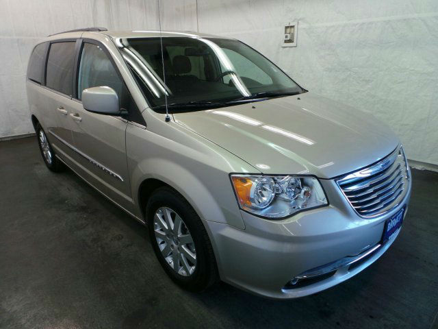 2013 chrysler town and country touring topcarz us. Black Bedroom Furniture Sets. Home Design Ideas