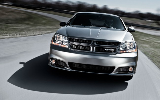 2013 Dodge Avenger Black Grill