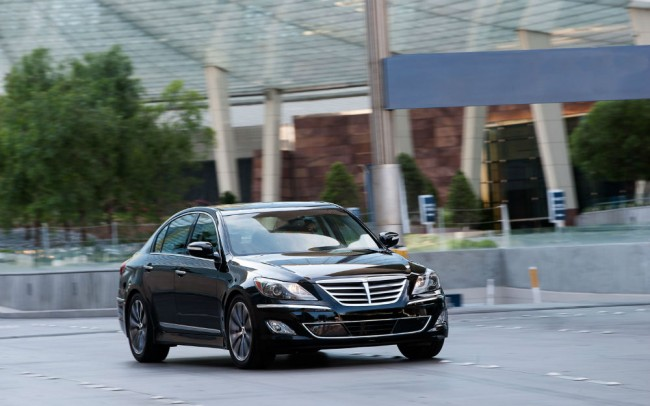 2013 Hyundai Genesis Sedan Black