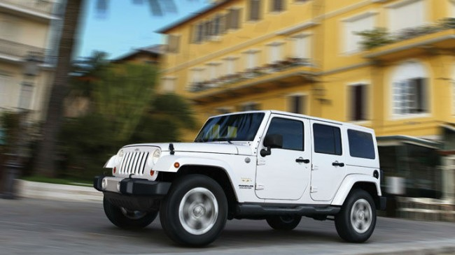 2013 Jeep Wrangler Unlimited White
