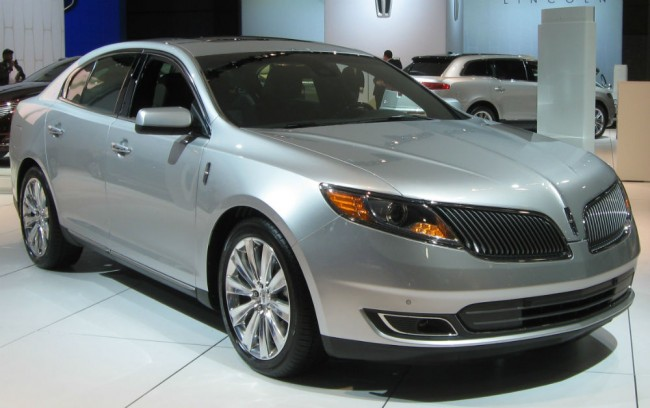 2013 Lincoln MKS Image