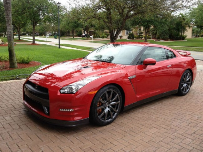 2013 Nissan Gt-r Red