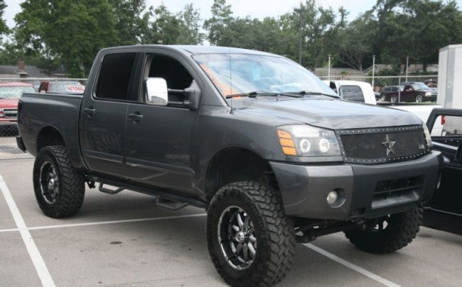2013 Nissan Titan Lifted
