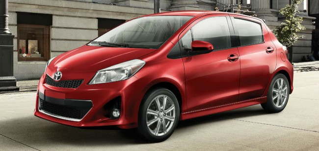 2013 Toyota Yaris RED