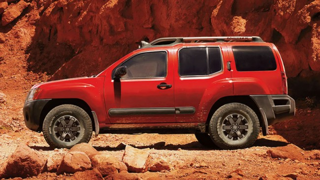 2015 Nissan Xterra Red