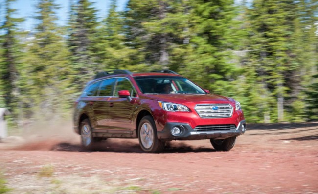 2015 Subaru Outback Red