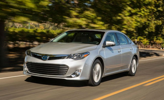 2015 Toyota Avalon Hybrid Mpg