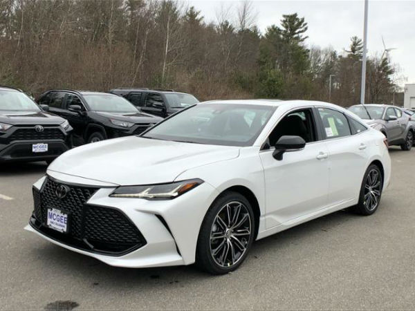 Toyota Avalon 2020 Pakistan